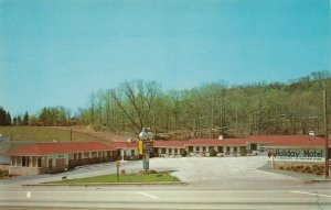 ASHEVILLE, North Carolina, 1940-60s; Holiday Motel