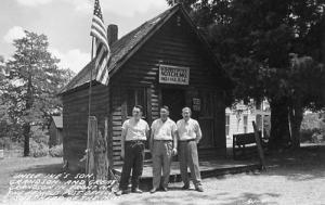MO - Notch, U. S. Post Office, Uncle Ike's Son, Grandson & Great Grandson Sh...