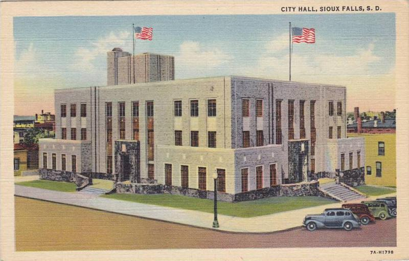 City Hall, Sioux Falls, South Dakota, 30-40s