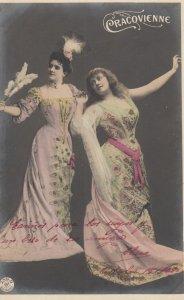RP: 2 women in fancy dress , 1901-07