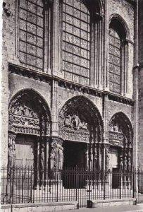 France Chartres La Cathedrale Portail royal et les 3 verrieres Photo