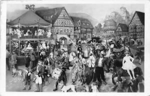 Deutsches Spielzeugmuseum Sonneberg Thueringer Kirmes Weltausstellungsgruppe