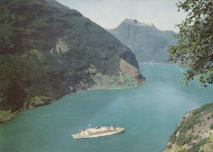 Norway / Norge, 50-70s : Turistbat pa Geirangerfjorden