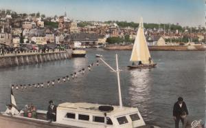 France, DEAUVILLE - TROUVILLE, L'Entree du Port, unused real photo Postcard