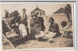 Social History RP PPC, Unposted c 1920's 'Auntie Flo & Relations At Sandbanks'