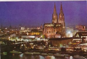 Germany Koeln Stadtblick mit Dom und Hauptbahnhof