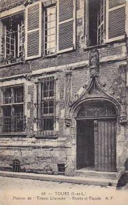 Maison De Tristan Lhermite- Entree El Facade, Tours (Indre-et-Loire), Franc...