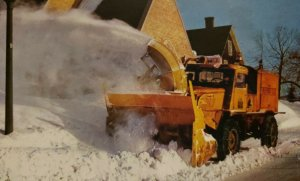 Vintage Postcard Michigan Copper Country Sno-Go in action Keweenaw Winter   633