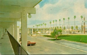 California Riverside MoteLodge 1965