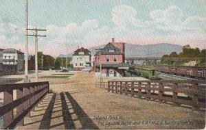 ISLAND POND VT - Railroad depot + The Square + YMCA bldg - 1905 / Grand Trunk