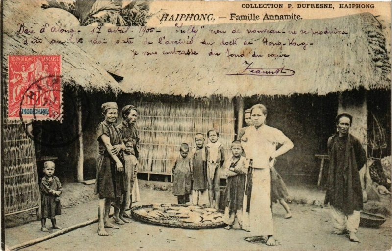 CPA AK Haiphong Famille Annamite VIETNAM-INDOCHINA (840855)