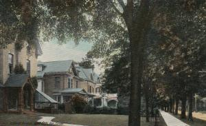 LONDON, Ontario , 1900-10s ; Queens Avenue