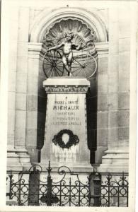 CPA Monument a Pierre Ernest MICHAUX (152670)