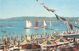 Le Cote d'Azur. Le Plage. Golfe Juan Nice French Postcard 1950s
