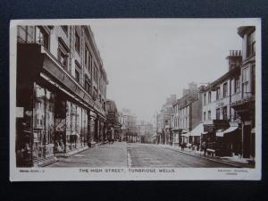 Kent TUNBRIDGE WELLS The High Street c1908 RP Postcard by Davidson Bros