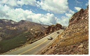 US    PC3982  ROCK CUT, ROCKY MOUNTAIN NATIONAL PARK, COLORADO