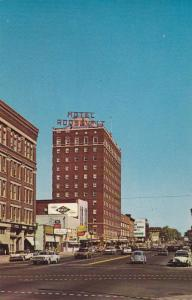 First Avenue, showing the famous Hotel Roosevelt, Cedar Rapids, Iowa, 40-60s