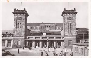 RP: SAARBRUCKEN , Saarland , Germany , 30-50s ; Hauptbahnhof