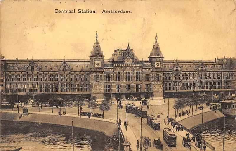 Netherlands Amsterdam, Centraal Station, trams, panorama