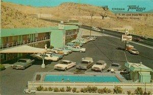 Kingman Arizona Travelodge Route 66 Teich Autos Swimming Pool Postcard 21-9558
