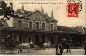 CPA AK LONS le SAUNIER Facade exterieure de la Gare P.L.M. (447335)