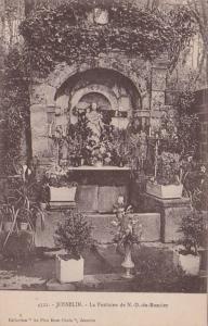 France Josselin La Fontaine de Notre Dame du Roncier