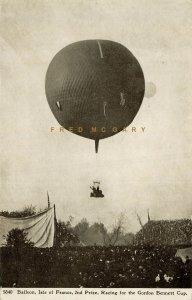 1907 St. Louis Missouri Postcard: Von Abercron & Heidemann & Balloon Dusseldorf