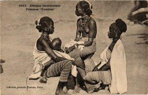CPA AK 1022 Femmes Foulbés ed. Fortier SENEGAL (a2221)