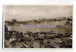 tq2037 - Kent - Boats on Low Tide Mud Flats, in The Bay, Broadstairs - Postcard