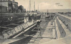 Egypt Suez Le Dock Boats Postcard