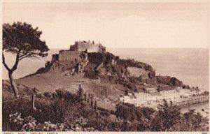 JERSEY, Channel Islands, UK, 1930-1950s; Mont Orgueil Castle