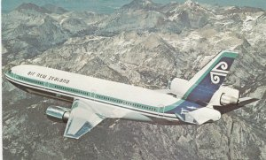 Air New Zealand DC-10 Jet Airplane