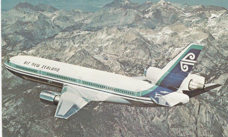 Air New Zealand DC-10 Jet Airplane