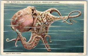 1940s Oregon Coast Hwy Postcard 14-FOOT DEVIL FISH, Caught at Depoe Bay Linen