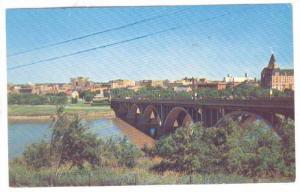 Saskatoon Skyline, Saskatchewan River & Nineteenth St. Bridge, Saskatchewan, ...