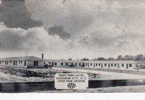 MOREHEAD CITY , North Carolina , 1953 ; Perry Park Motel
