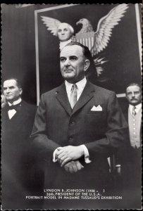 31120) Lyndon B Johnson (1908- ) 36th President the U.S.A. Portrait Model Cont'l