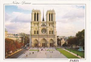 La Cathedrale Notre-Dame Paris France