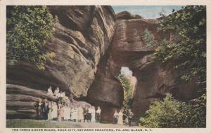 Crowd at Three Sister Rocks - Rock City Park, Olean NY, New York - DPO 1916 - WB