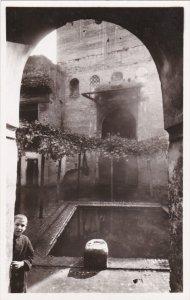 RP: FES EL BALI, Morocco , 20-30s ; Medersa Saffarine