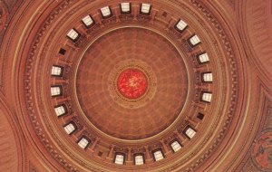 Madison , WISCONSIN , 50-60s ; State Capitol Dome interior