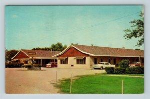 Gilman IL, Farr's Motel, 1960's Cars, Single Story, Chrome Illinois Postcard