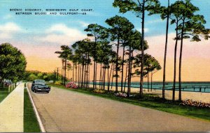 Mississippi Gulf Coast Scenic Highway Between Biloxi and Gulfport