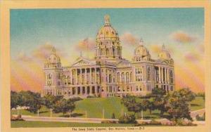 Iowa Des Moines The Iowa State Capitol