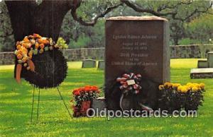 Stonewall, TX, USA Postcard Grave of Lyndon Baines Johnson