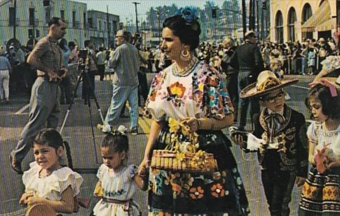 California Los Angeles Olvera Street Fiesta Authentic Mexican Costumes
