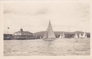 Sailing Vessels , Dronningen , 10-20s