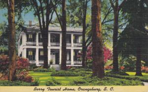 ORANGEBURG, South Carolina; Berry Tourist Home, 30-40s