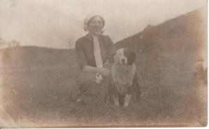 US    PC1586 RPPC - WOMEN AND DOG  EARLY 1900'S