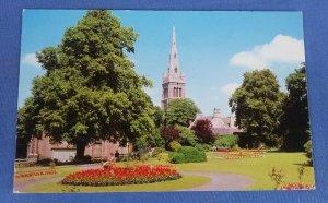 Vintage Postcard  Manor House Garden And Parish Church Kettering  B1C